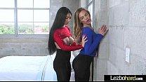 (Sydney Cole & Cyrstal Rae) Hot Teen Lez Girls Make Love In Sex Scene mov-26