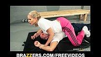 Dominant blonde trainer Julia Ann gets a good d...