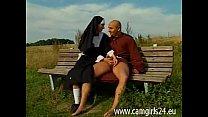 Junge Geile Nonne Diana Auf Parkbank Gefickt - Www.camgirl24.eu