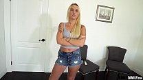 Kinky Family - Stepsis Layla Love has a slurpin...