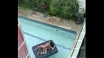 Hardsex on pool