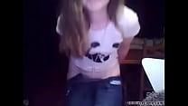 amateur teenie showing on cam