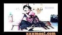 xxxmaal.com-Hot Chuby Mallu Aunty romance With Boob Show