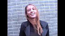 Vlaamse Stephanie wordt geneukt in een auto (Belgian Stephanie fucked in car)