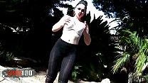Bigtits latina babe hot strip)