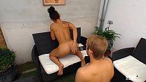 SEXTAPE GERMANY - Brunette German babe opens he...