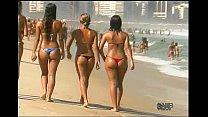 Sexy Brazilian thong booty and Italian beach da...