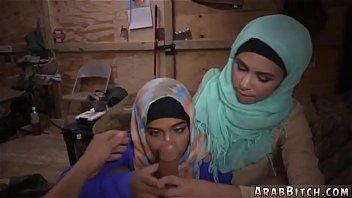 thumb Hot Muslim Girl Operation Pussy Run
