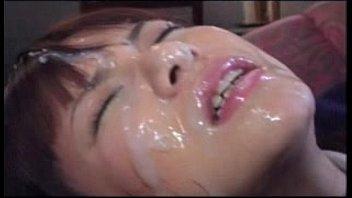 【JK 巨乳】《甘味いちご》爆乳いちごパイ ぶっかけられる巨乳おっぱいJK