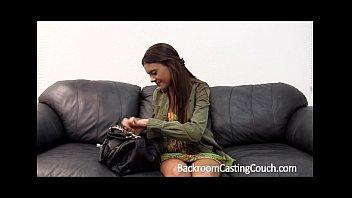 (中出)creampie 4 Teen on Casting Couch