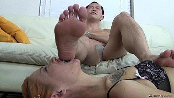 male Female slaves worship feet