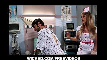 Медсестра в больнице азиатки видео