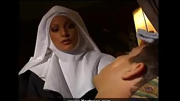 Rahibe porno  Bedava Mobil Porno Sex Filmi İzle