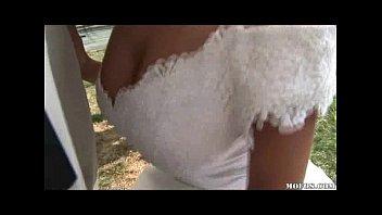 Груповуха на свадьбе невесте кончают в пизду