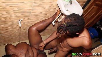 African bathroom hot sex with sexy nigerian bbw - nollyporn