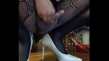 Cumming in white heels
