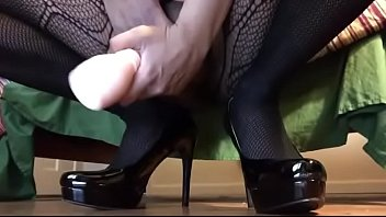 Cumming again in high heels