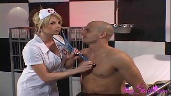xxarxx سلوتي ممرضة الملاعين لها المرضى في كل مرة تستطيع