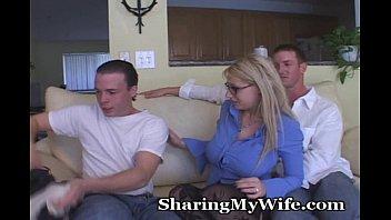 Кончил своей жене внутрь