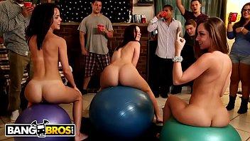 Bangbros - Jada Stevens,Remy Lacroix &Dillion Harper Dorm Room Orgy