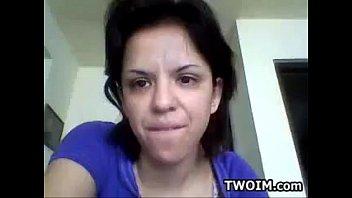 Stunning Webcam Girl Takes a Shower Full
