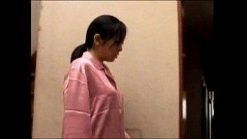 【巨乳】巨乳熟女妻が喧嘩した夫への腹いせに不倫したけどいやらしい責めに感じまくりw