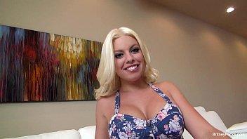 Britney Amber seduces a big cock