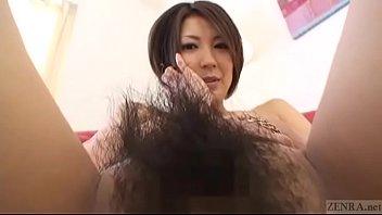 【潮ふき・オナニー動画】アナルまでびっしりと生えた剛毛の女の子が自分でマンコを拡げるともうヌレヌレ