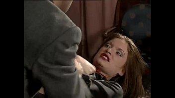 Врачи трахнули девушку на столе порно видео