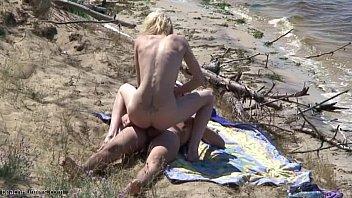 Nudists fuck on the beach