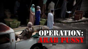 xxarxx جولة من الجوارب  راج تاج طاقم من الجنود الأمريكيين تلتقط بعض الهرة العربية