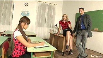 Секс видео вот эта школьница