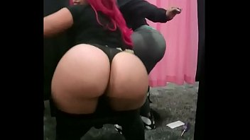 Big Asses Ebony Pinky Gets Squirt Fountain Segment