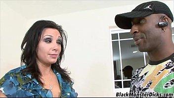 Nonton video bokep Chubby MILF Gets Black Cock terbaru 2017