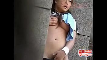 部活中にオナニーしたくなって巨乳を揉みまくってる女子校生発見!