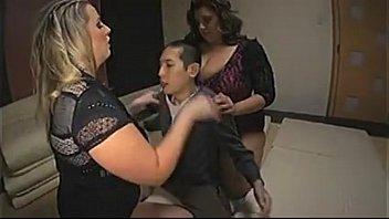 Top Porn Images Guy having sex with midget