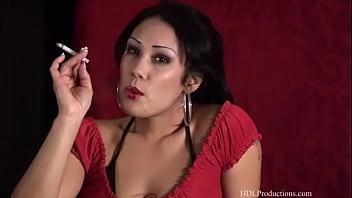 Jiji vu smoking fetish at dragginladies - 1 8