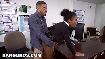 xxarxx بانغبروس  بزاز كبيرة خشب الأبنوس فتاة أيفي شاب جيتس أهيد في ال مكتب