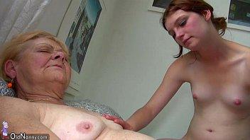 xxarxx OldNanny Small old granny masturbates