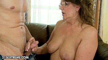 A New Granny  #33388