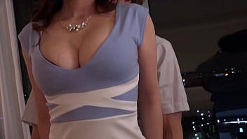 XVIDEO 巨乳のセクシーお姉さんとハメ撮りセックス