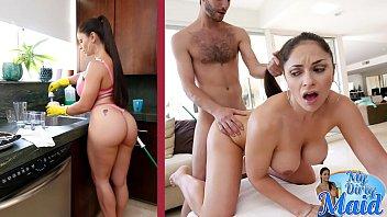 Mature Latina hottie