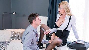 KINKY TUTOR - Blonde Romanian MILF Lara De Santis bangs horny student