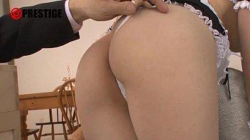 長谷川るい・メイドコス美少女。ご主人様に積極的に奉仕するメイド。