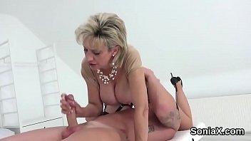 Cheating british mature lady sonia showcases her huge naturals