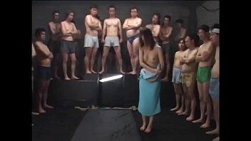 【SM】巨乳M女を吊るしてザーメンをぶっかけまくるSMエロ動画