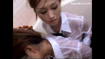 制服の美人お姉さんJKJKのラブラブプレイがエロい!!【JKギャルの動画】