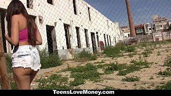 xxarxx TeensLoveMoney - Curvy Latina Fucked For Free Ride And Money