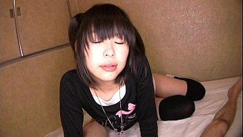 マンガ大好きJCつるぺた美少女アイドルがM覚醒させられちゃうw