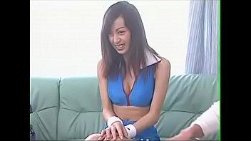 【美少女 フェラ】巨乳で美乳で着衣の美少女女の子の、パンチラ騎乗位バックプレイ動画!!可愛らしすぎる!